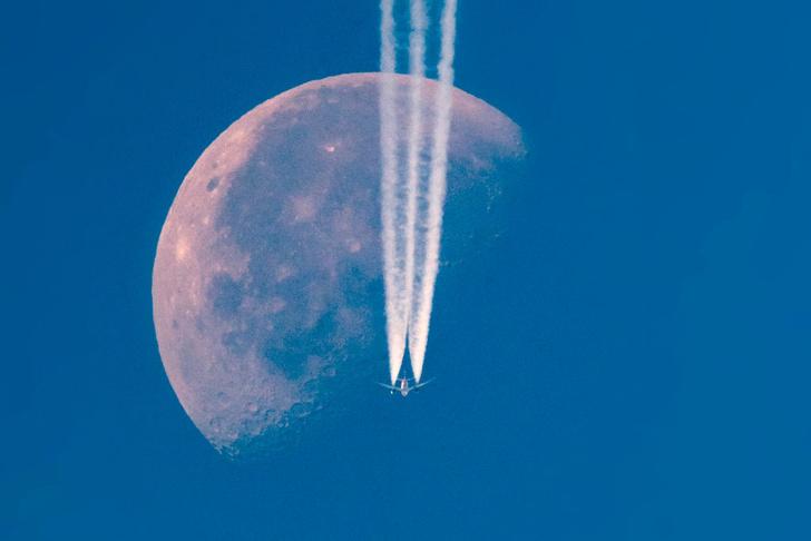 Фото №1 - Полет под луной
