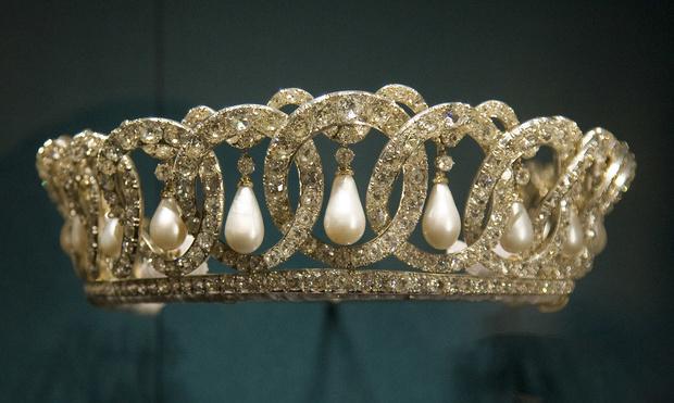 Фото №8 - 9 королевских тиар с удивительной историей