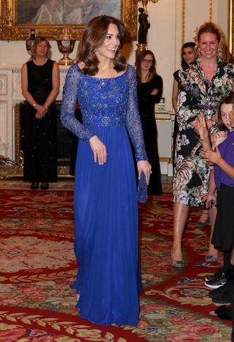 Фото №10 - 10 лучших образов герцогини Кейт в 2020 году