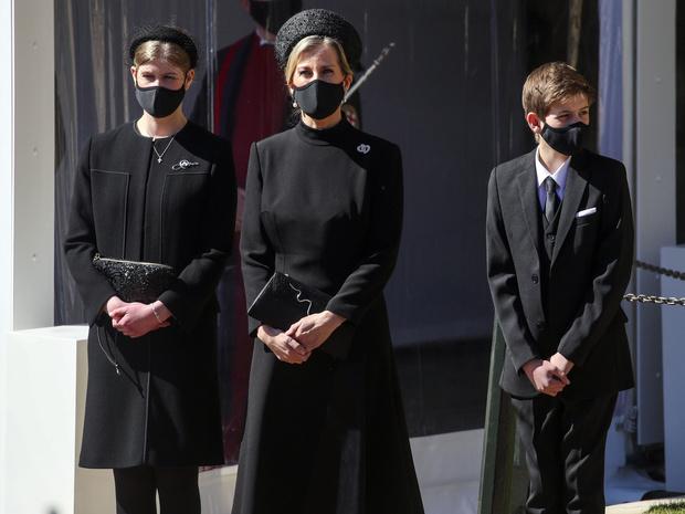 Фото №3 - Опальный принц: кто из Виндзоров отказался общаться с Гарри на похоронах