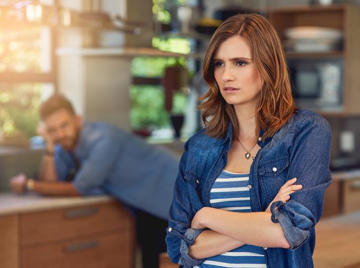 Фото №2 - Любит, но уходит: 7 причин, почему мужчины бросают тех, в кого действительно влюблены