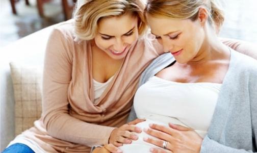 Фото №1 - Милонов взялся за суррогатное материнство