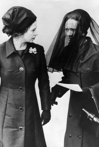 Фото №11 - История полувековой вражды между Уоллис Симпсон и Элизабет Боуз-Лайон