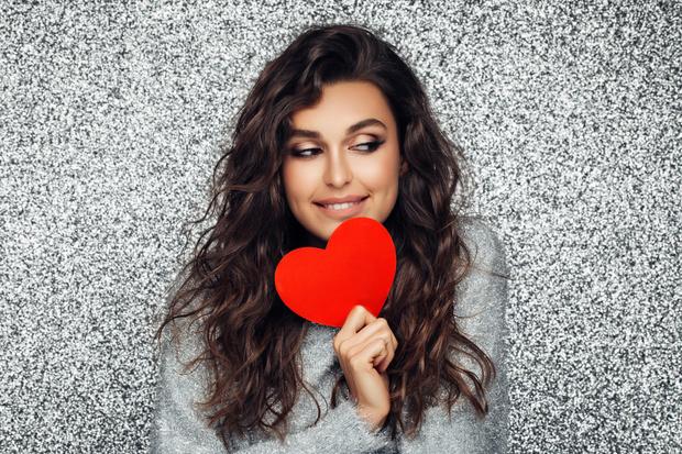 Идеи подарков подарки на день святого валентина всех влюбленных косметика бьюти-средства фото примеры отзывы новинки 2021 2020