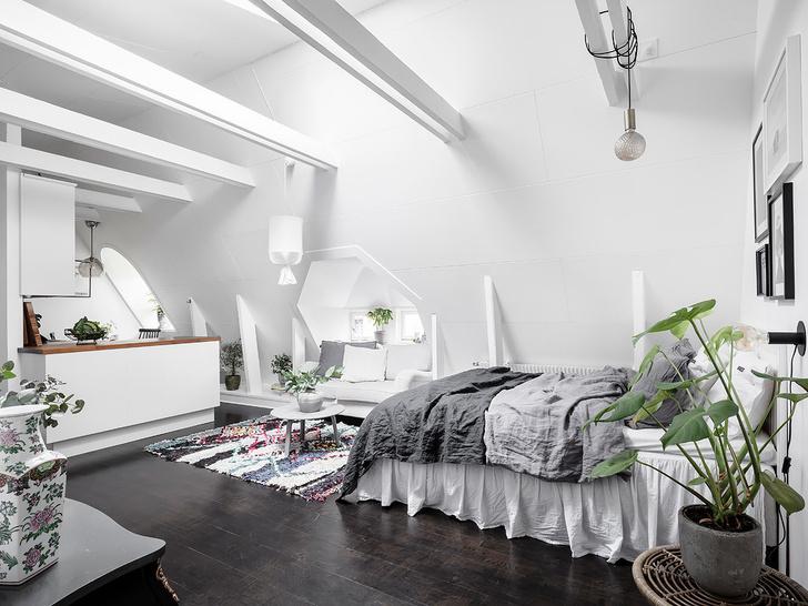 Фото №1 - Маленькая, но уютная мансарда в Швеции
