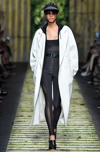 Фото №4 - 10 весенних трендов с Недели моды в Милане