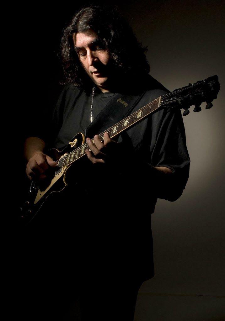 Фото №1 - Аргентинский гитарист Луис Салинас даст концерт в Доме музыки