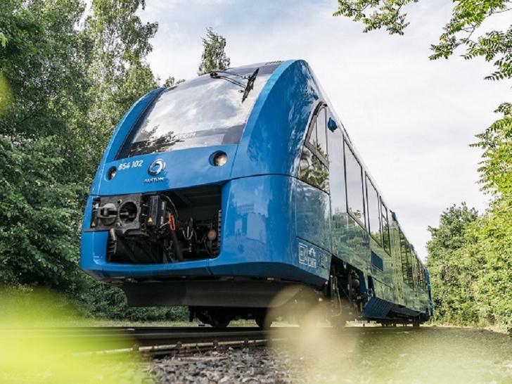 Фото №1 - В Германии появятся первые водородные поезда