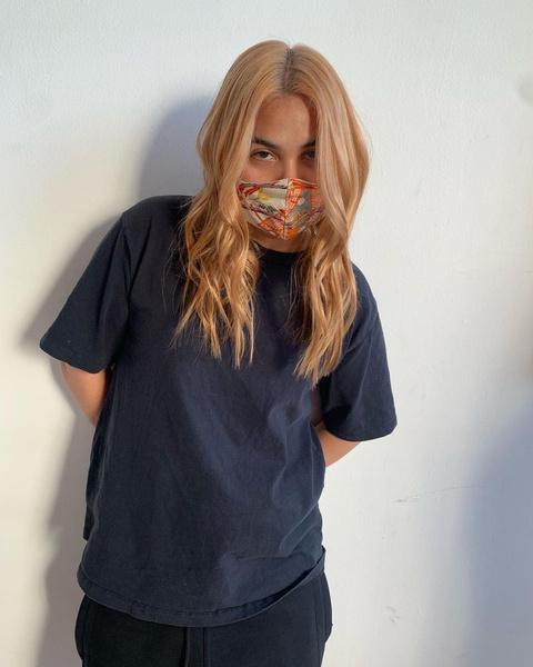 Фото №3 - Клубничный блонд: идеальный оттенок волос для тех, кто не может выбрать между розовым и рыжим