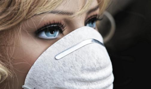 Фото №1 - ВОЗ признала: маски надо носить в транспорте и в магазинах