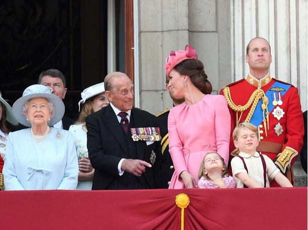 Фото №2 - Неочевидная причина, почему принц Филипп всегда больше симпатизировал Кейт, а не Меган