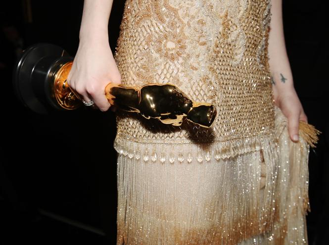 Фото №2 - Эмма Стоун: 10 лучших нарядов самой богатой актрисы Голливуда