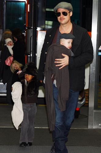 Фото №6 - Дети раздора: причина развода Анджелины Джоли и Брэда Питта