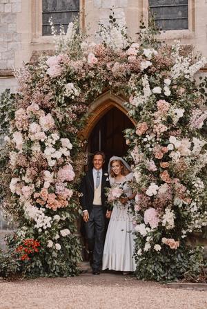 Фото №12 - Самые стильные звездные невесты 2020 года, которые нас впечатлили