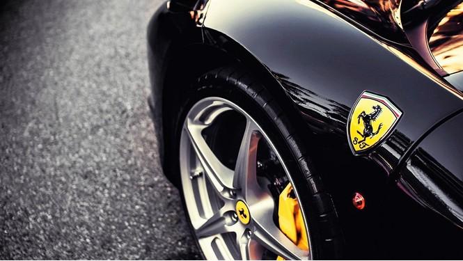 Фото №14 - Не простое украшение: 20 автомобильных эмблем со смыслом
