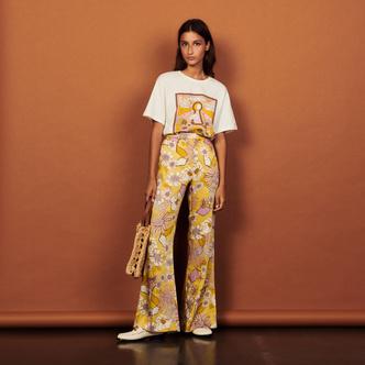 Фото №2 - Летний рецепт успеха от Sandro: золотые юбки, яркие принты и много романтики
