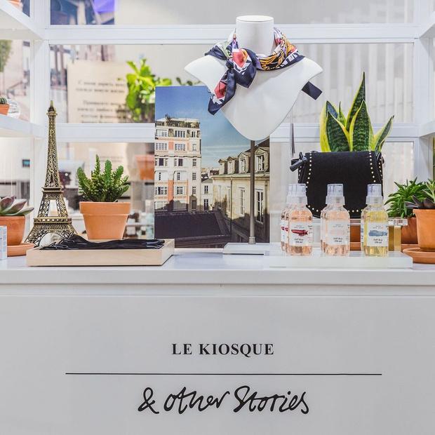 Фото №1 - & Other Stories открыл второй магазин в России в ТРК VEGAS Крокус Сити