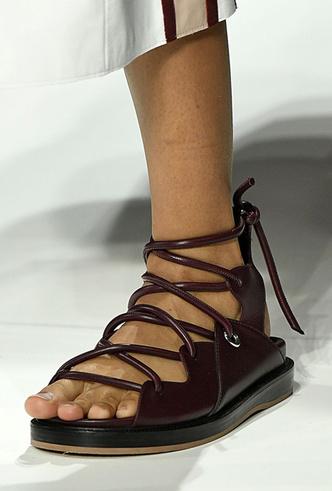 Фото №24 - Самая модная обувь весны и лета 2019