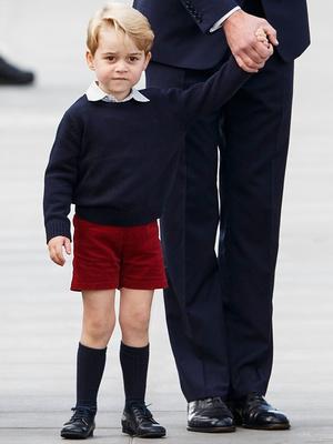 Фото №3 - Самое странное королевское правило, которому был обязан следовать Джордж (но не Луи)