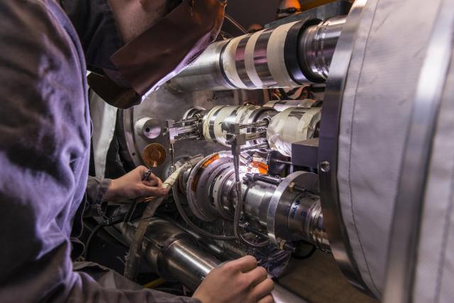 Фото №1 - Большой адронный коллайдер остановили на два года