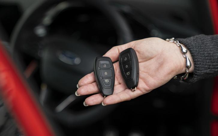 Фото №1 - Пять скрытых возможностей ключа-зажигания, о которых не рассказывают в автошколе