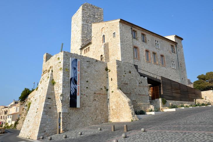 Фото №2 - Эрмитаж вошел в список самых романтичных музеев мира