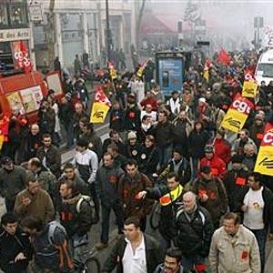Фото №1 - Забастовки погружают Францию в хаос