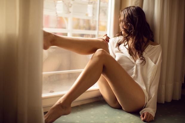 Фото №1 - Почему некоторые женщины не бреют ноги