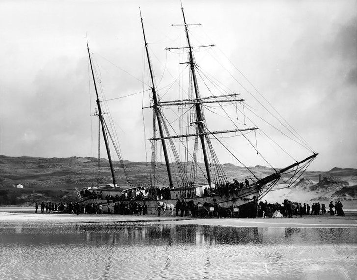 Фото №2 - Не повезло: старинные фотографии кораблекрушений