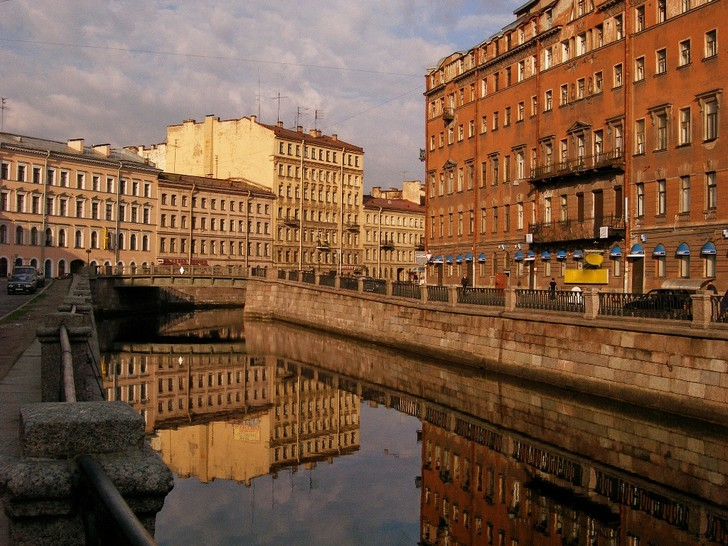 Фото №3 - Сродни раю: прогулка по литературному Петербургу