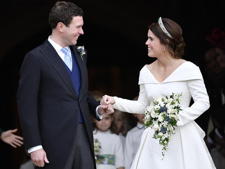 Фото №1 - «Счастливые воспоминания»: как беременная принцесса Евгения поздравила мужа с годовщиной