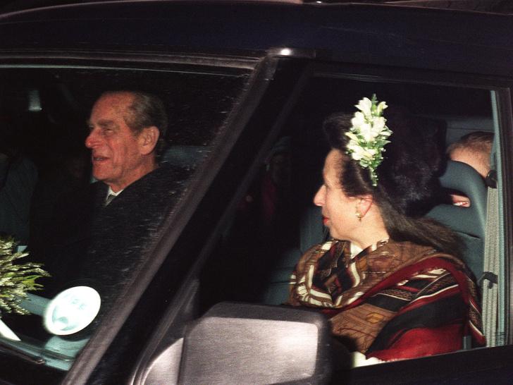 Фото №12 - Папина дочка: самые трогательные совместные фото принцессы Анны и принца Филиппа