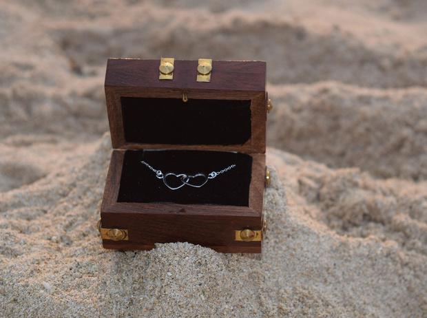 Фото №4 - Подарки по этикету: какие украшения можно дарить начальнице, маме и подруге