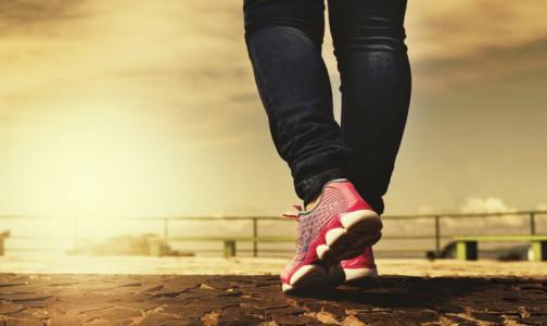 """Фото №1 - Как не допустить инфаркт. Ходим на ягодицах и """"плаваем"""" рыбкой - два эффективных упражнения"""