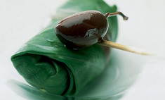 Лосось в листьях шпината