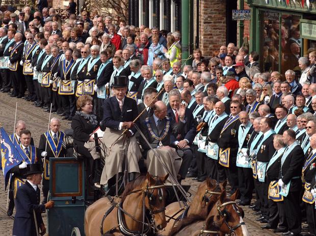 Фото №13 - Виндзоры и масоны: как британская королевская семья связана с братством вольных каменщиков