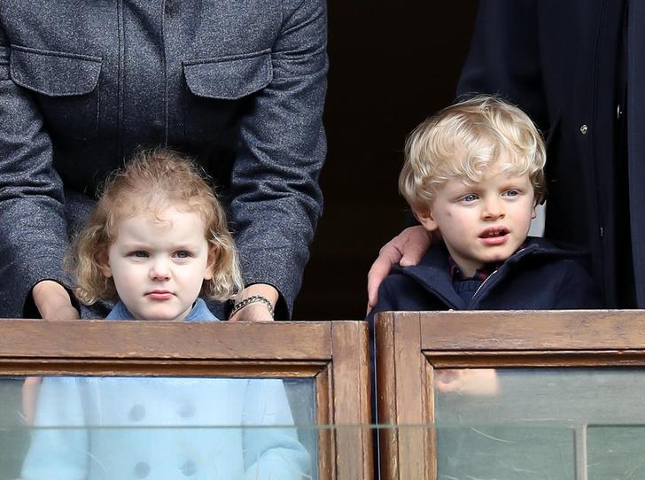 Фото №6 - Как княгиня Шарлен приучает детей к спорту