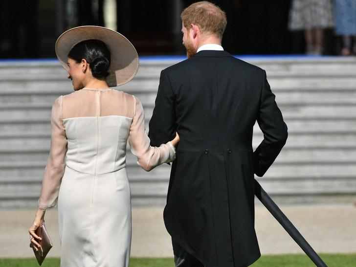 Фото №2 - Зачем Меган собирается в Лондон, и почему это станет «королевским кошмаром»