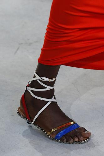 Фото №20 - Самая модная обувь весны и лета 2019