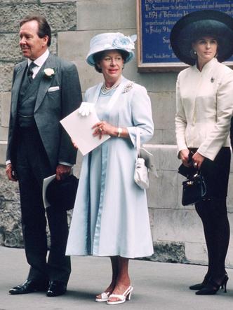 Фото №4 - Гордость женихов и невест: самые стильные мамы на королевских свадьбах
