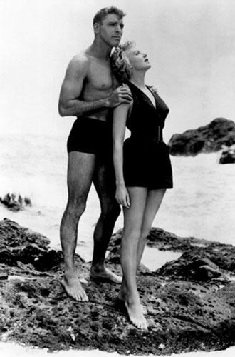 Фото №3 - Ретрошик: 20 легендарных купальников из кино