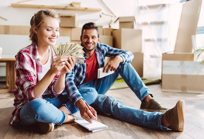 Фото №1 - Новые законы 2018 года: как они повлияют на семейный бюджет