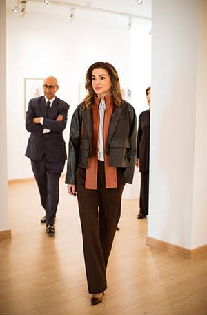 Фото №5 - Как королева Рания выбирает наряды (и почему она так редко говорит о моде)