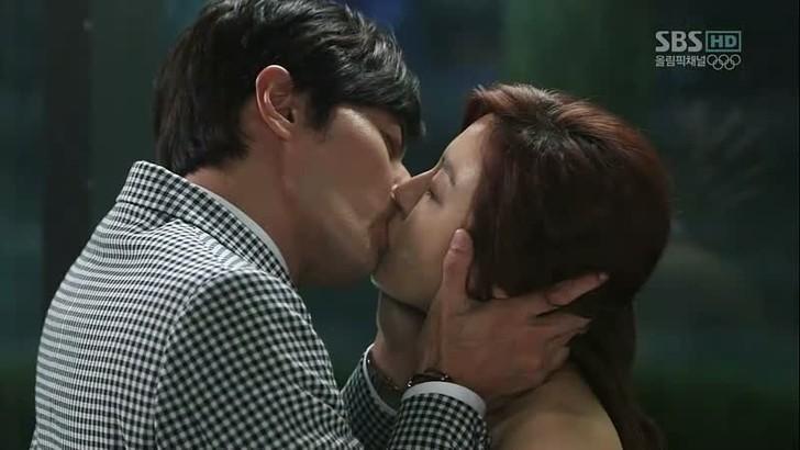 Фото №8 - Дорамы для взрослых: 10 корейских сериалов с очень горячими сценами 🤤🔥