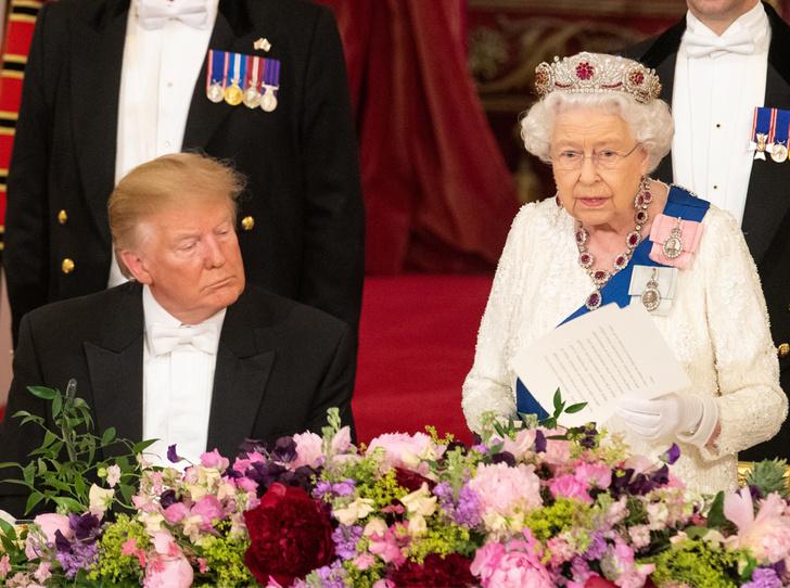 Фото №1 - Какой промах допустил Трамп на королевском приеме в Букингемском дворце