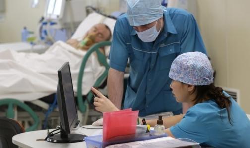 Фото №1 - В НИИ скорой помощи спасли от ампутаций 25 пациентов