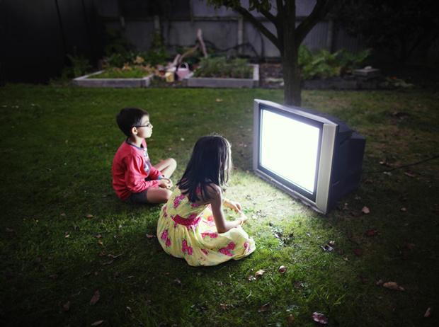 Фото №3 - Никакого телевизора: почему детям все-таки вредно смотреть ТВ