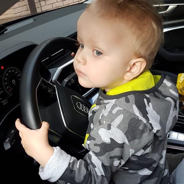 Фото №1 - В Сети обсуждают новое фото сына Ксении Собчак и Максима Виторгана