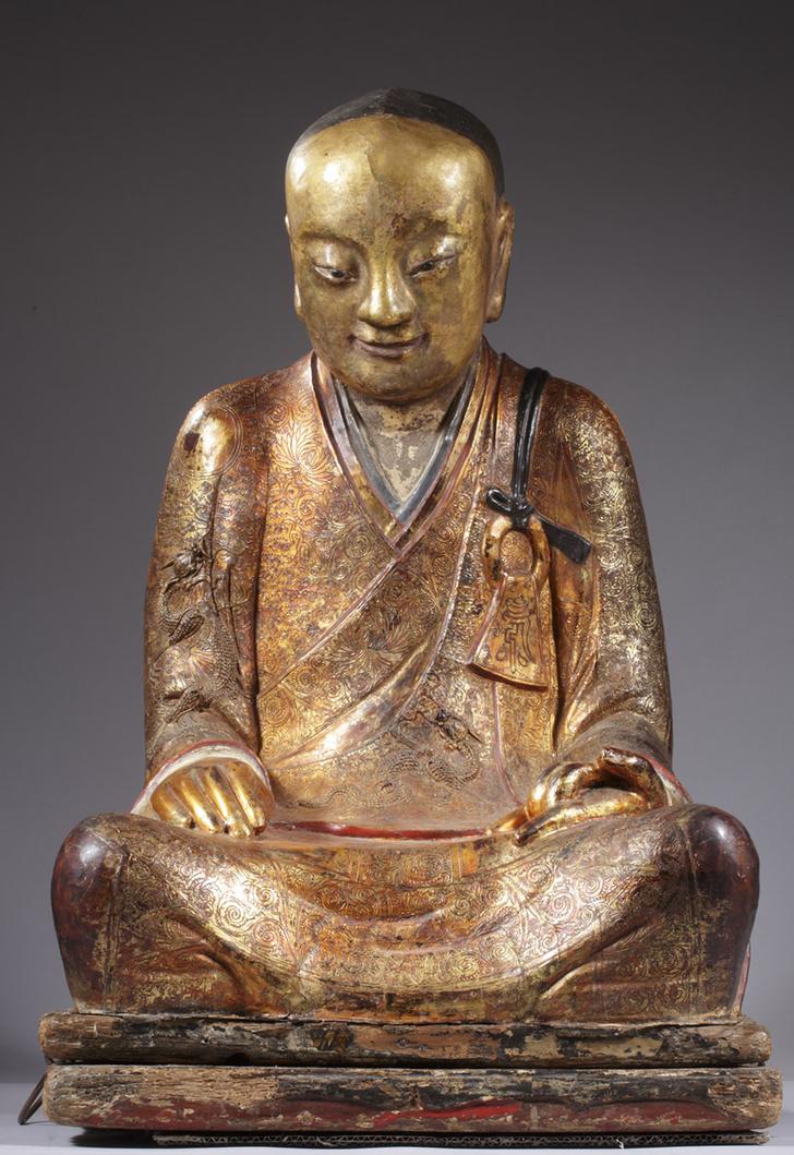 Фото №1 - В статуе Будды обнаружена тысячелетняя мумия медитирующего монаха