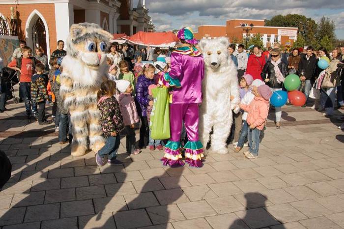 Фото №1 - Фестиваль семьи и ребенка «Девятый месяц» празднует юбилей в Царицыно